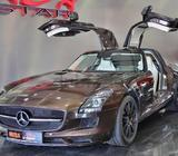 2013 Mercedes-Benz SLS AMG GT Coupe and Roadster
