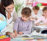 Female Qualified and Experienced Teacher available1 to 7 gradeexperience dealing with American and B