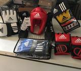 Original Boxing & MMA gear from my former sponsor in France Adidas.- Boxing boots from 37 to 44 (Eur