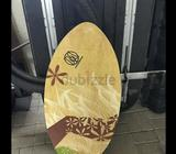 Wooden skimboard lightly used and in great condition. Great for the beach.  pick ups/meet ups prefer