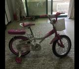 Girls bicycle for urgent sale must by this week