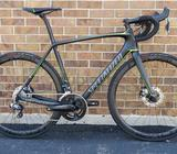 SPECIALIZED TARMAC PRO DISC ULTEGRA DI2 CARBON2017Size: 56cmExcellent ConditionBIKE CONDITIONThis S-