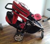 Double stroller that can be use as a single stroller. Bought from canada. For more info please conta