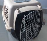 Pet carrier excellent conditions Size: 61x36x40 (LxHxW)