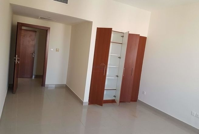 Room At Al Khail Gate Properties Uae Chitku Ae