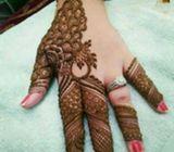 Henna body art service