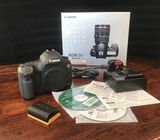 Canon EOS 5D Mark III Kit EF 24-105 mm DSLR  / whatsapp : +16315685542