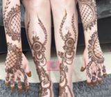 Henna artist for birdes in UAE ( good rates )