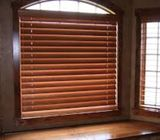Pro. Roller Blind, Curtain Alteration, Black Outs, installation / Repair Call 050-209 7517