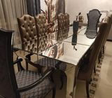 8-10 people dinning table great condition and luxury design