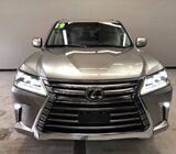 Selling 2019 Lexus LX 570 SUV Full Option